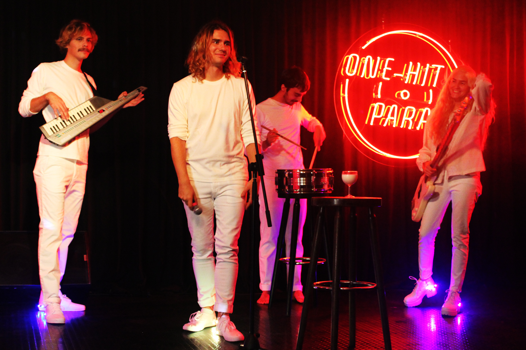 Fenster Band fenster bei the one hit parade the one hit parade